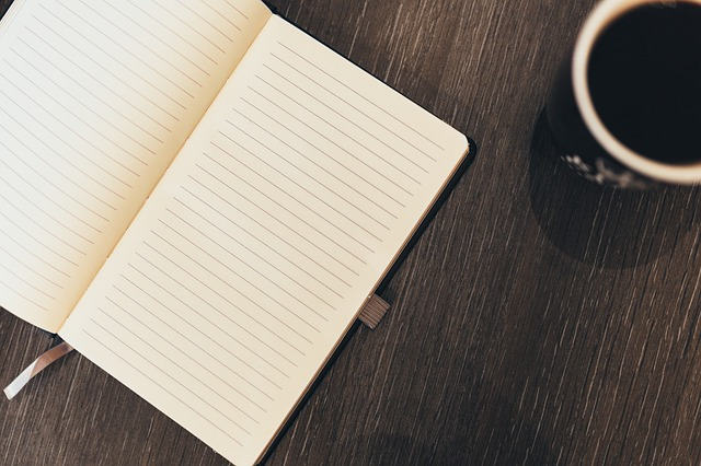 1カ月とも続いたことのない日記帳やスケジュール帳の代わりになんでもノートを使い始め、もうすぐ1年。三日坊主を卒業し、さらにこのノートを持ち歩くようになって  ...